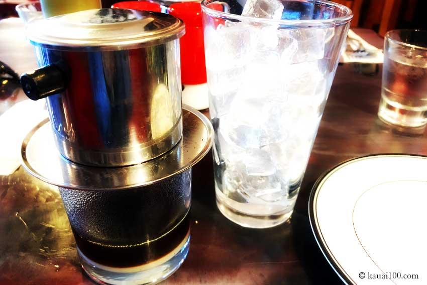 ハワイ・カウアイ島 NOM KAUAIのコーヒー